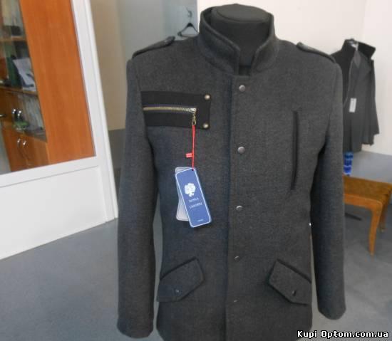 Оптовая продажа (Одежда)  Мужские пальто оптом с доставкой по всей ... 507475420f297